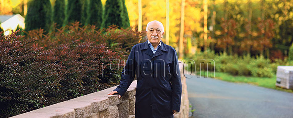 Gülen appeals for steadfastness against gov't ban on prep schools